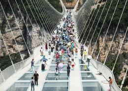 160822133838-china-glass-bridge-1-super-169