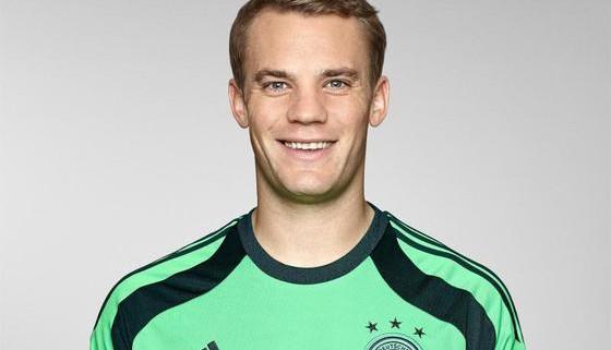 Fussball-Die-deutschen-Spieler-bei-der-WM-Manuel-Neuer_image_630_420f