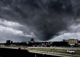 http://www.trbimg.com/img-57f78db4/turbine/ct-photo-gallery-hurricane-matthew-east-coast-20161005/1050/1050x591