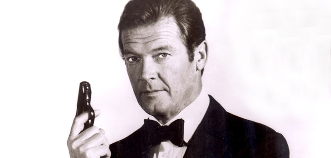 No Merchandising. Editorial Use Only. No Book Cover Usage. Mandatory Credit: Photo by Moviestore/REX Shutterstock (1609927a) Roger Moore Film and Television